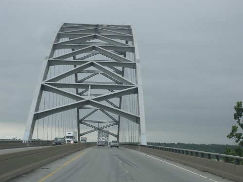 Crossing the Ohio River (from Kentucky into Illinois) near Paducah, KY.