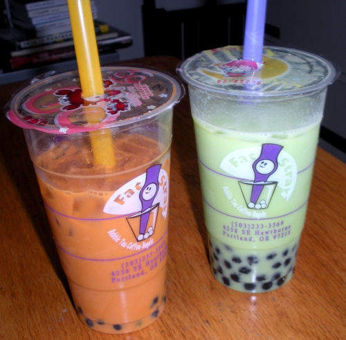 Thai and honeydew bubble tea from the Fat Straw.