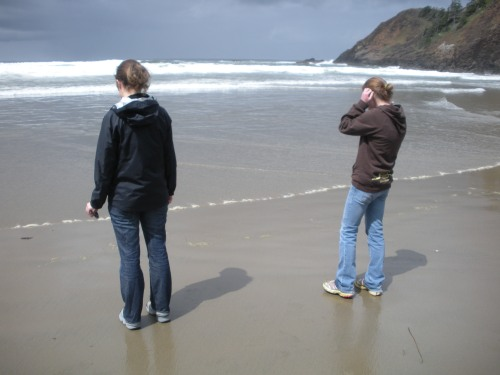 Morgen and Ellie wondering how cold the Pacific Ocean will be.