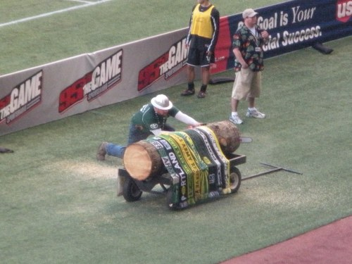 Timber Joey makes his cut for the Timbers' second goal.