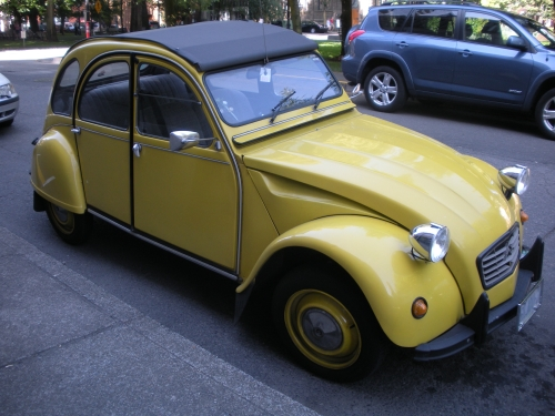 I think this is a 1983 Citroën 2CV Charleston.